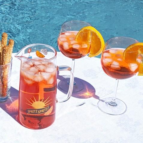 1624456863la-collection-cookut-cocktail-ete-carafe-a-spritz-piscine.jpg